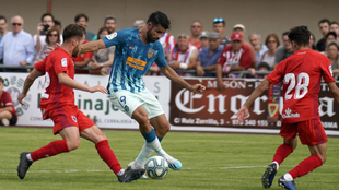 Diego Costa started the friendly.