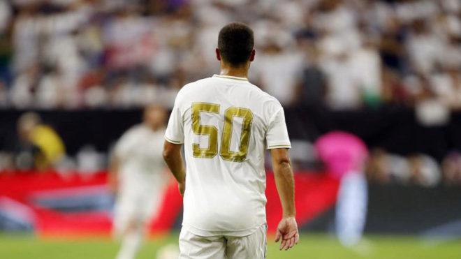 Eden Hazard, con el número 50 en el día de su debut.