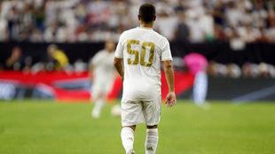 Hazard ya vistió su primer número con el Madrid