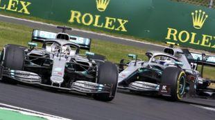 Los dos Mercedes en Silverstone.