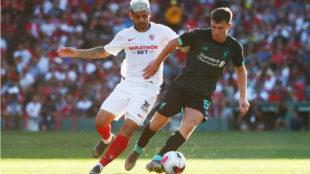 Banega, en el partido frente al Liverpool.