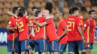 Los españoles celebran el pase a la final