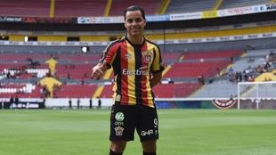 Omar Bravo jugará con los Leones Negros.