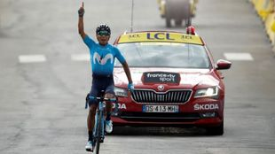 Nairo Quintana celebrando la victoria.