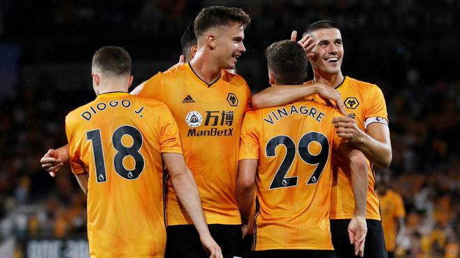 Los Wolves inician su camino en la Europa League.