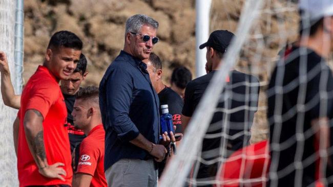 Gil Marín durante un entreno del Atlético.
