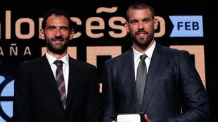 Jorge Garbajosa, presidente de la FEB, y Marc Gasol