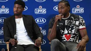 Paul George y Kawhi Leonard en su presentación con los Clippers