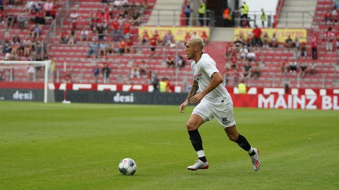 Ocampos, frente al Everton.