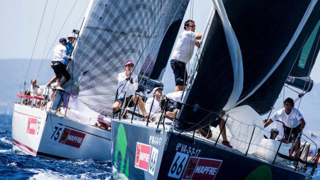 La flota de la Copa del Rey MAPFRE, navegando en aguas de Palma el...