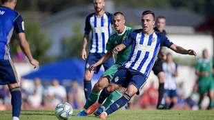 El Pardo de Navia acogió el partido entre Oviedo y Ponferradina