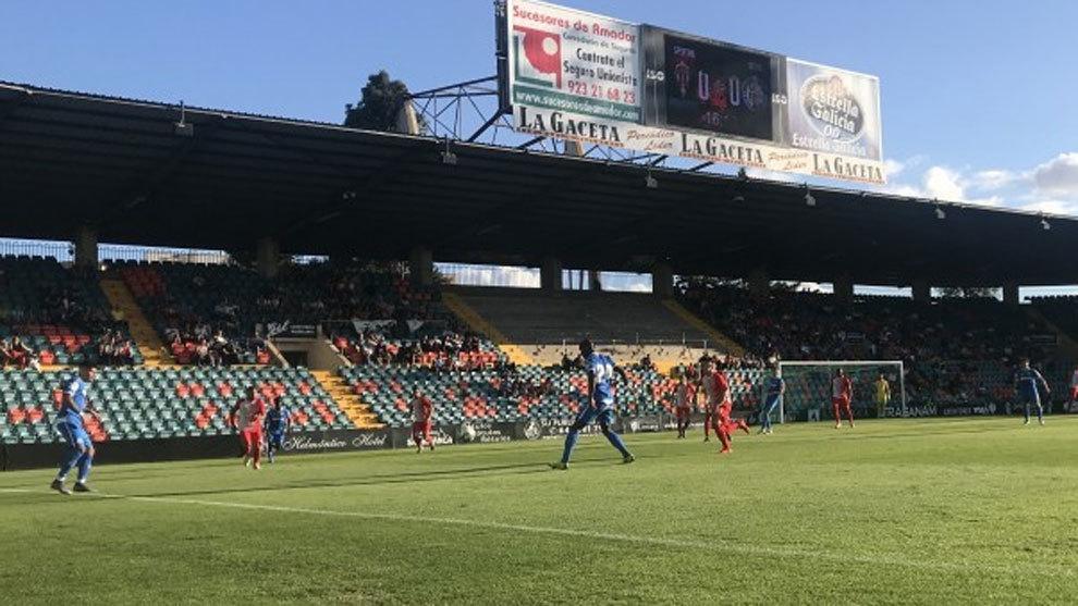 Jugada en el partido entre el Getafe y el Sporting