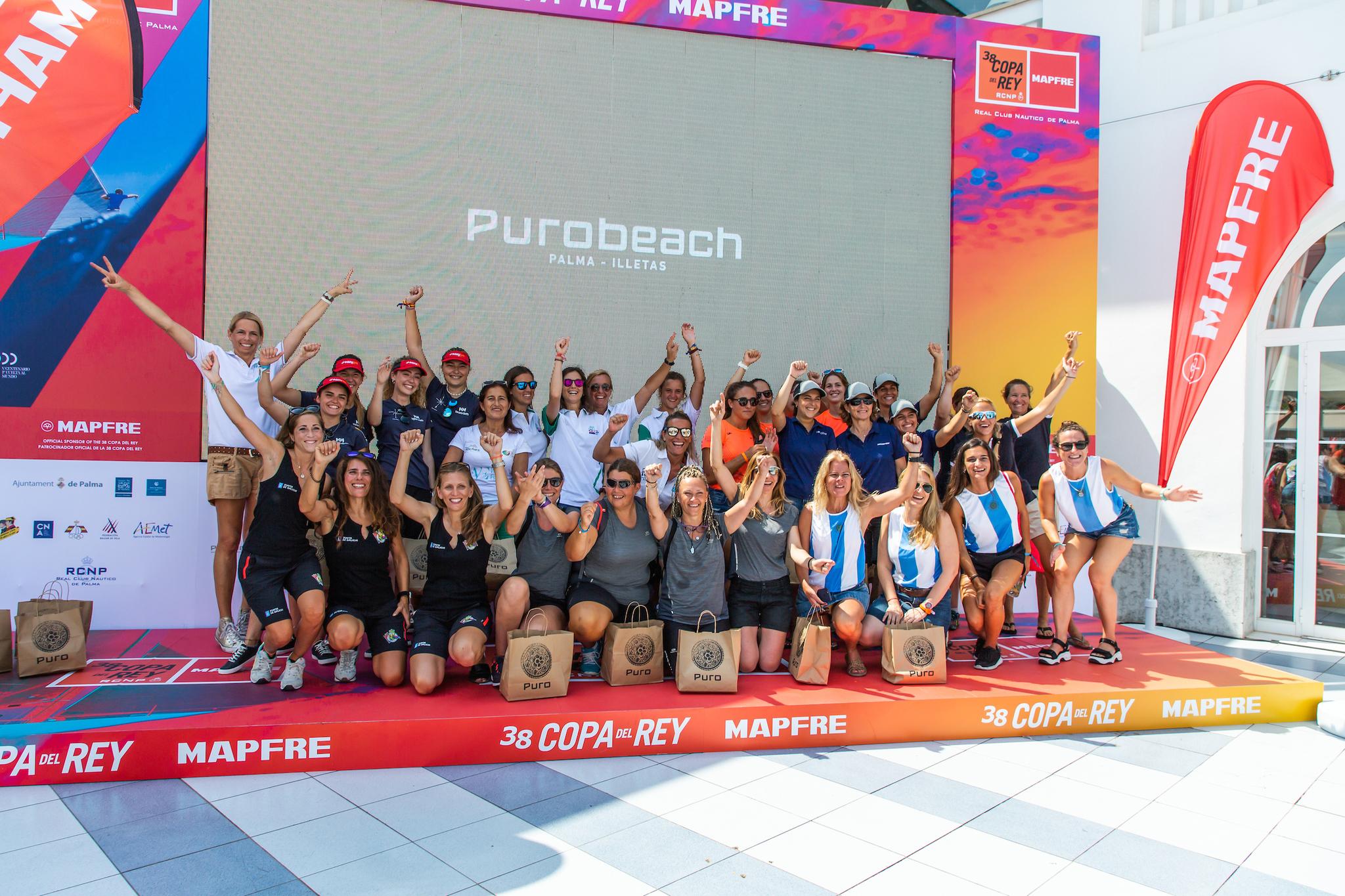 Las participantes de la Purobeach Women's Cup.