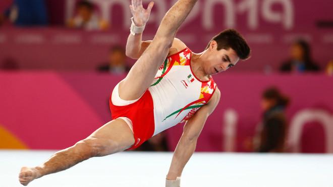 Daniel Corral, gimnasta mexicano.