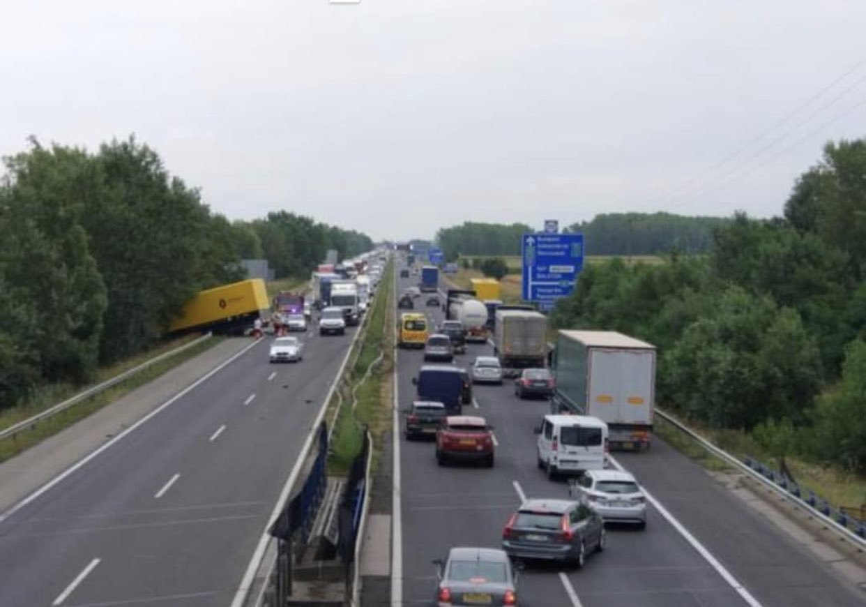 Accidente involucra camión de Renault