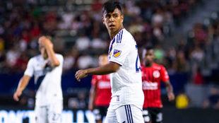 Álvarez juega para Los Angeles Galaxy