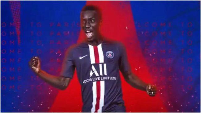 Idrissa Gueye, con la camiseta del PSG.