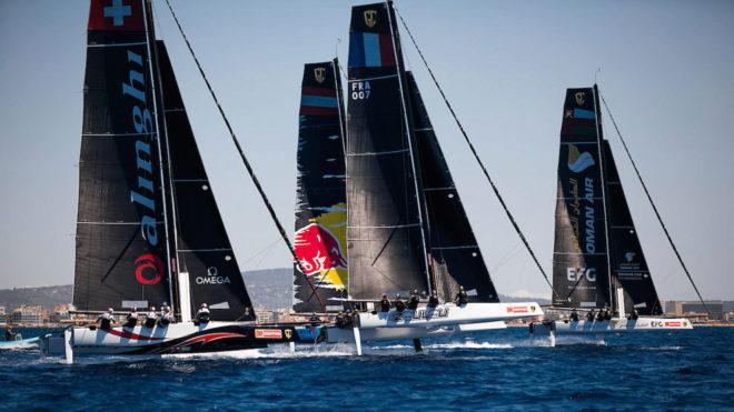 La flota de los GC32, en aguas de Palma de Mallorca.