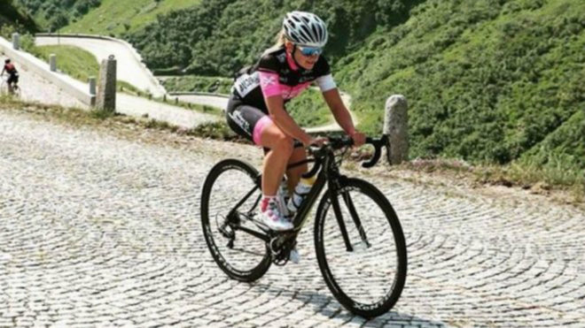 La triatleta austriaca Nathalie Birli, durante un entrenamiento.