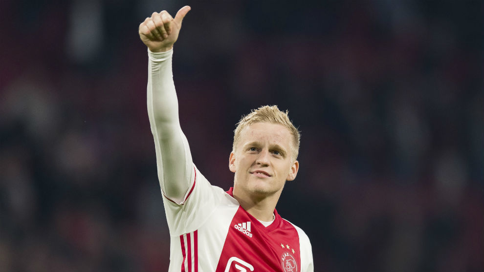 Van de Beek is of interest to Real Madrid.