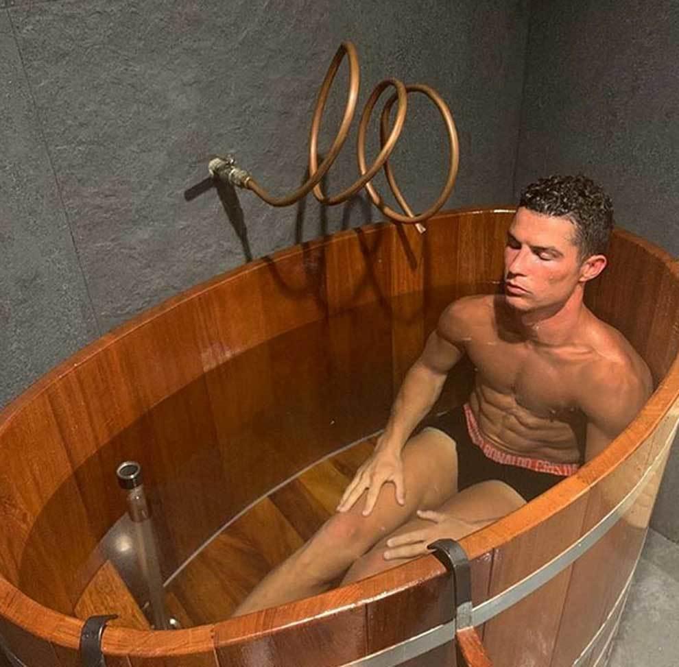 """El baño más relajante de Cristiano Ronaldo: """"Recuperación y..."""