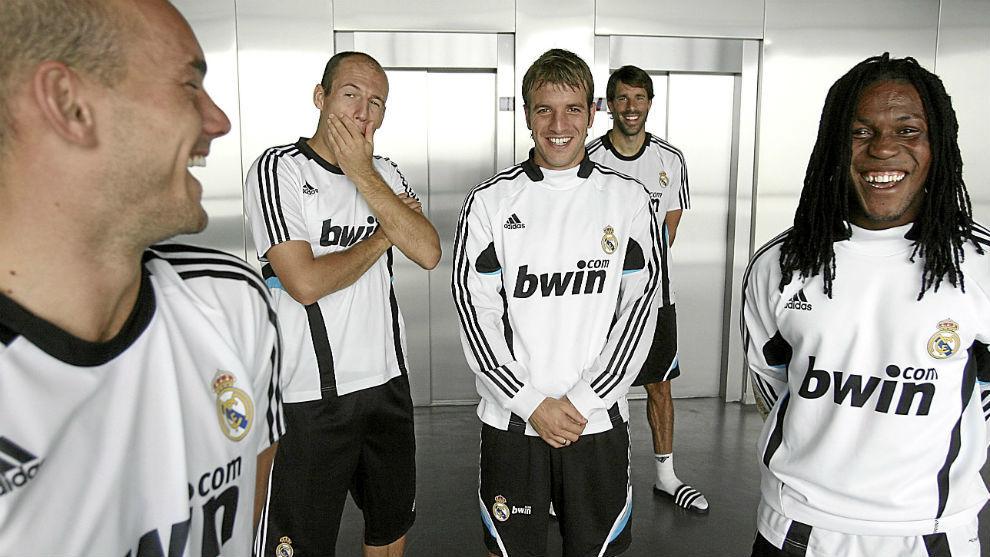 Los cinco holandeses del Madrid de la temporada 2008-09.