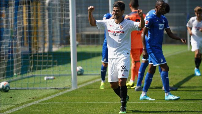 Nolito celebra uno de sus goles ante el Hoffenheim.