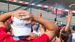 Leclerc se va contra el muro en la Q1 de Hungaroring.