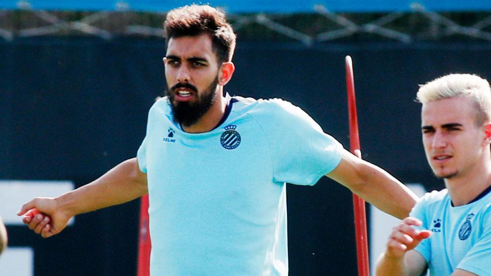 Borja Iglesias during an Espanyol training session.