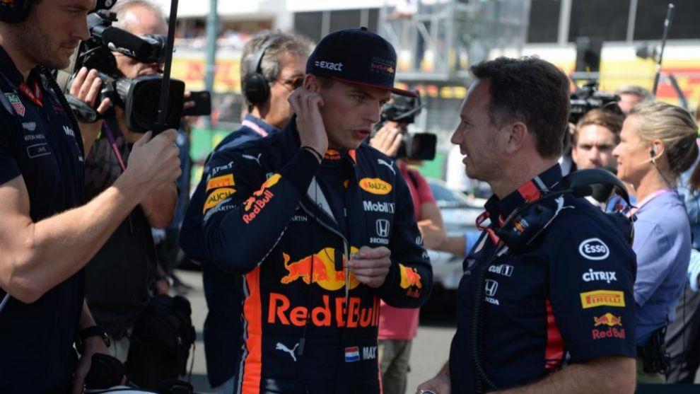 Verstappen y Horner en Hungría.