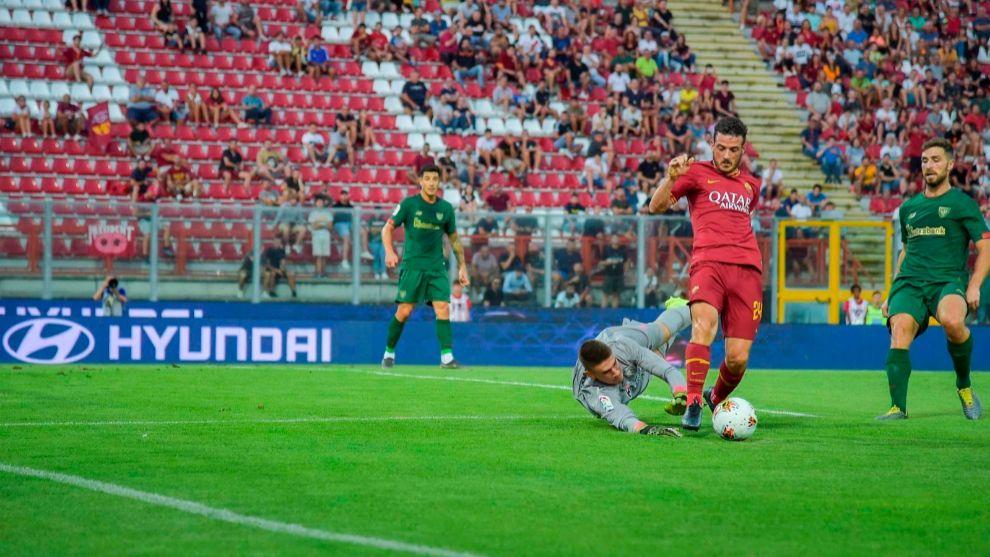 Simón fue el elegido para jugar los 90 minutos ante la Roma.