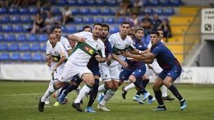 Una imagen del partido en El Collao entre ilicitanos y granotas