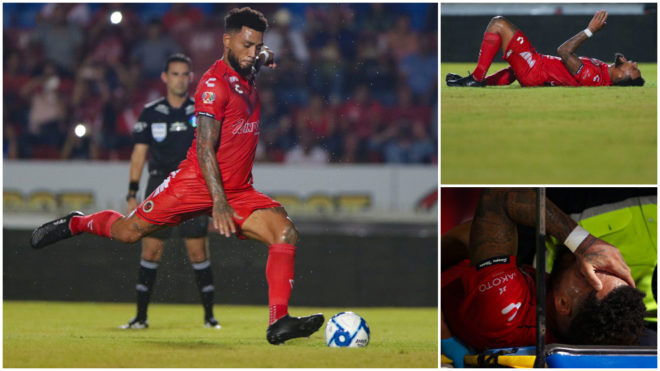 Kazim Richards salió de cambio tras fallar un penalti.