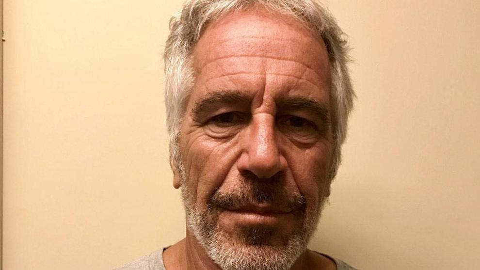 Jeffrey Epstein fue arrestado el pasado 6 de julio acusado de tráfico...