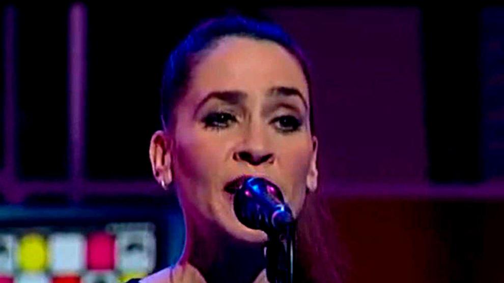 Inés Bayo, la vocalista de Los Fresones Rebeldes, ha fallecido a los...