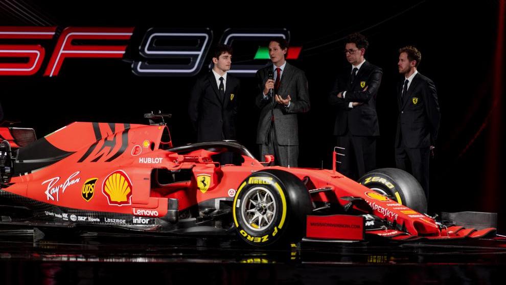 Ferrari en la presentación del SF90.