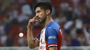 La playera del Guadalajara pesa a los árbitros