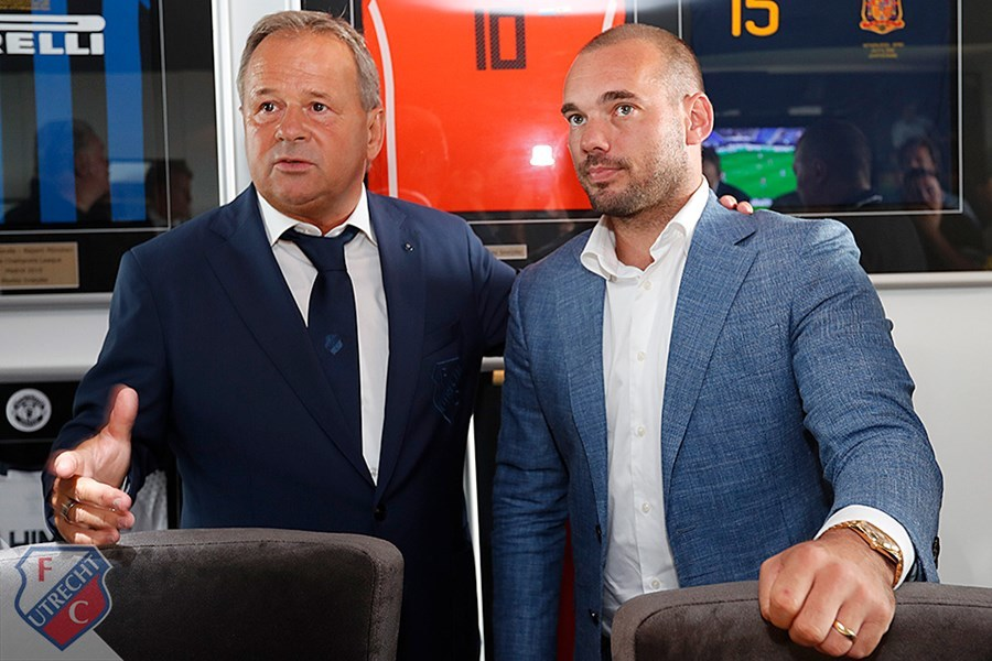 Sneijder se retiró del fútbol