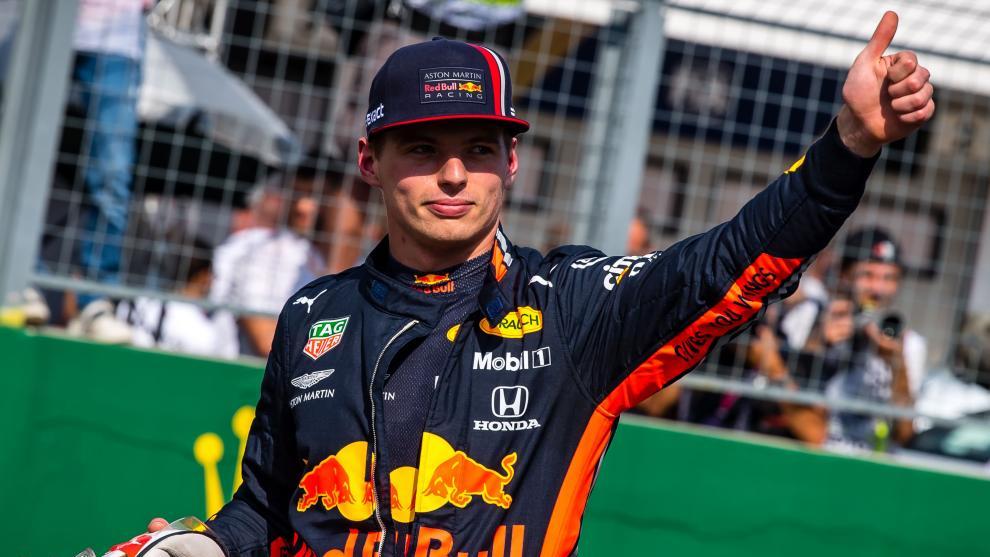 Max Verstappen celebra su 'pole' en Hungría.