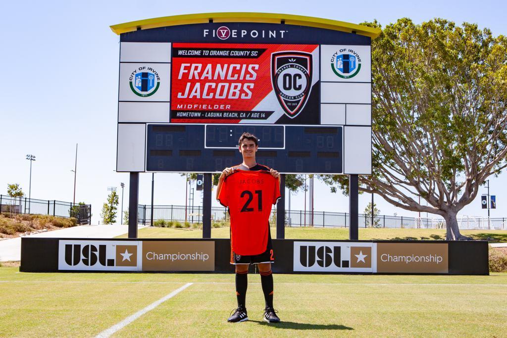 Presentación de Francis Jacobs, de 14 años, como nuevo jugador del...