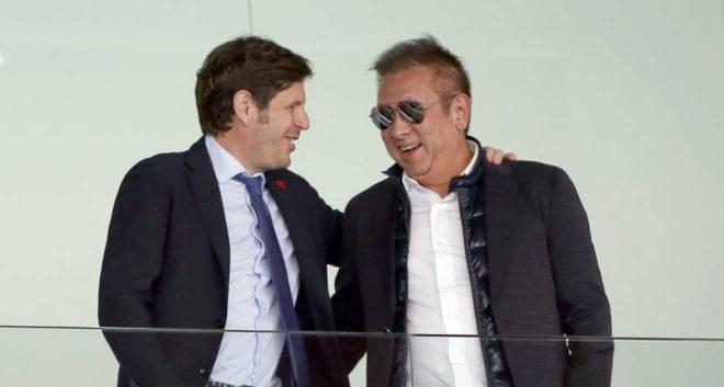 Lim y Mateu en el palco de Mestalla.