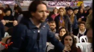 El vídeo en el que Pablo Iglesias manda a callar a Irene Montero de...