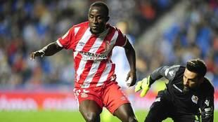Doumbia, durante el partido liguero frente a la Real Sociedad en...