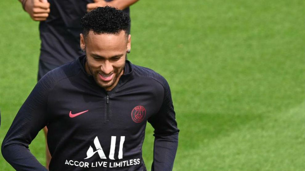 Neymar, más cerca del Barcelona