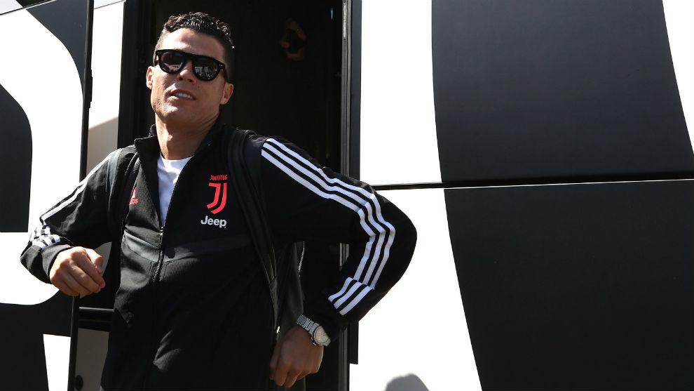 Juventus báo tin không vui về Ronaldo