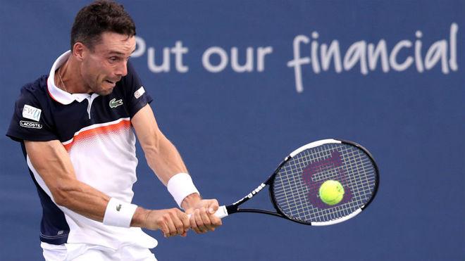 Medvedev se carga a Djokovic y se mete en otra final