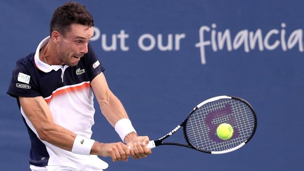 Medvedev elimina a Djokovic y jugará contra Goffin final inédita