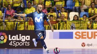 Ricardinho jugando por el Movistar Inter.