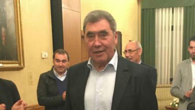 Eddy Merckx (74 años).