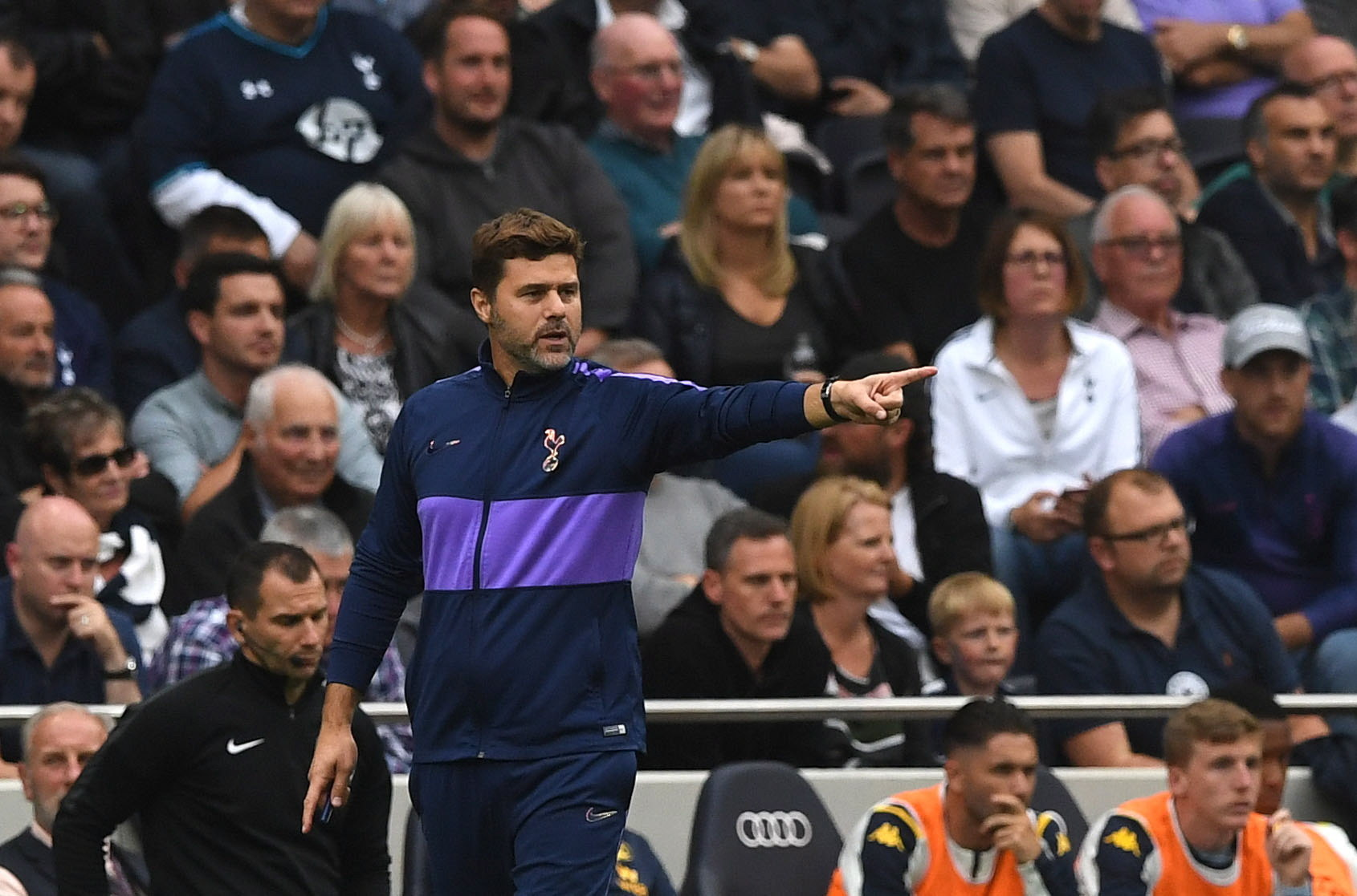 London (United Kingdom), 10/08/2019.- Tottenham Hotspurs manager Mauricio <HIT>Pochettino</HIT> during the English Premier League soccer match between Tottenham Hotspur and Aston Villa at the Tottenham Hotspur Stadium in London, Britain, 10 August 2019. (Reino Unido, Londres) EFE/EPA/NEIL HALL EDITORIAL USE ONLY. No use with unauthorized audio, video, data, fixture lists, club/league logos or live services. Online in-match use limited to 120 images, no video emulation. No use in betting, games or single club/league/player publications